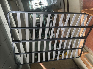 China Sturdy metal bed frame, bed frame of various sizes, height adjustable bed legs. supplier
