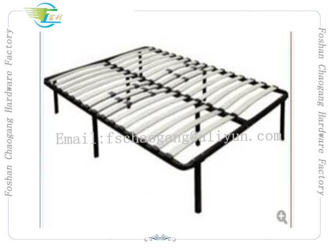 High Strengthen Metal Bed Frame With Wooden Slats Detachable Style